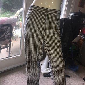 Plus size capri  checked pants24 w NWT
